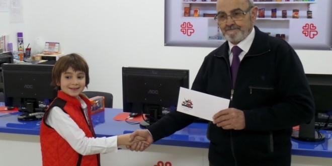 Sant Jordiet hace un donativo a Cáritas
