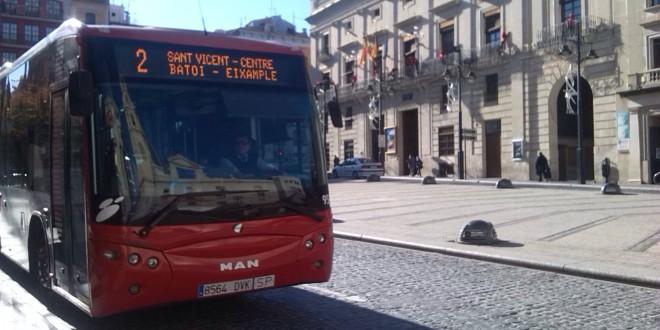 Aprobado el contrato del autobús urbano
