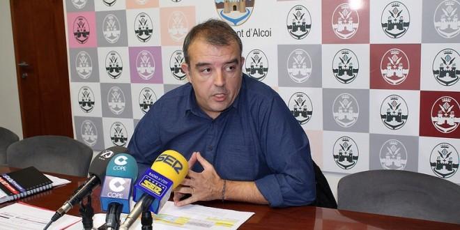 """Martínez """"el proceso para adjudicar la recogida de basura es transparente"""""""