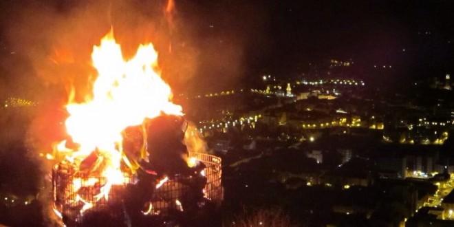 El riesgo de incendio obliga a suspender las hogueras del campamento real