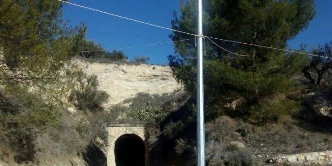 El 03820 se congratula por la colocación de alumbrado en el Túnel de La Vía