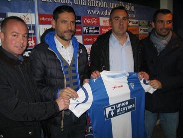 El Alcoyano presenta a Carlos Sempere como entrenador