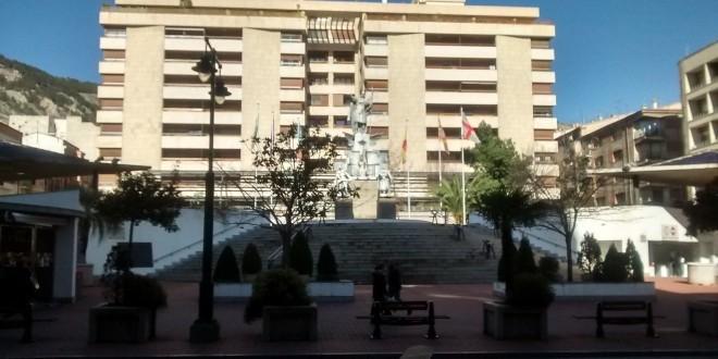 El Juzgado avala las sanciones de Ortiz por la falta de mantenimiento de la Rosaleda