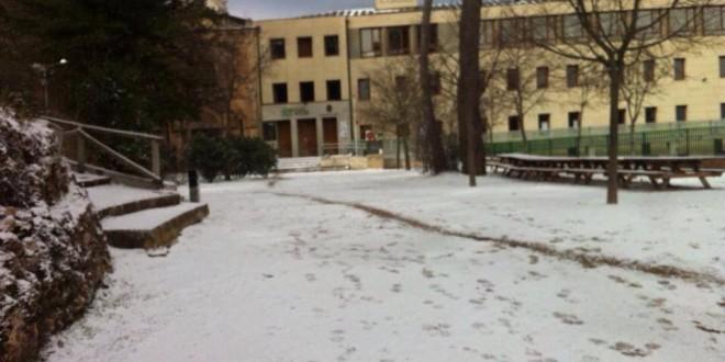 Plantean restringir el acceso de vehículos a la Font Roja los días de nieve