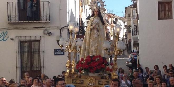 Beniarrés despide la Semana Santa con el Encuentro