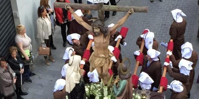 El Santo Entierro culmina el Viernes Santo