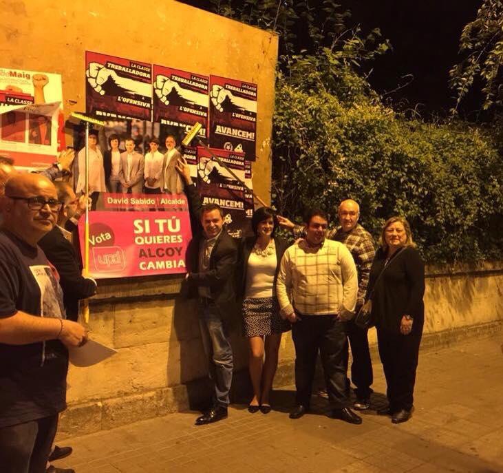 UPyD en la pegada de carteles