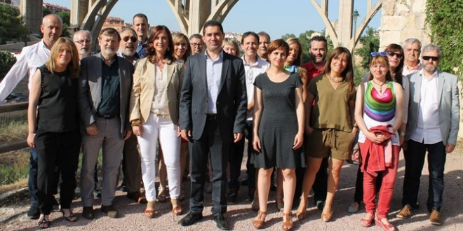 Foto de familia de la candidatura socialista de Alcoy