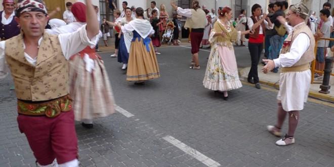 Día grande para les Danses de Palacio de Muro