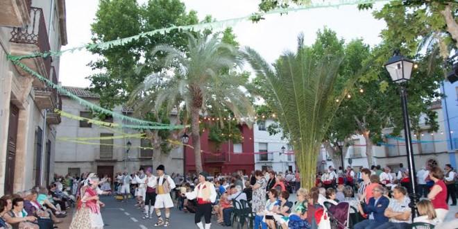 Muro abre la semana de les Danses de Palacio