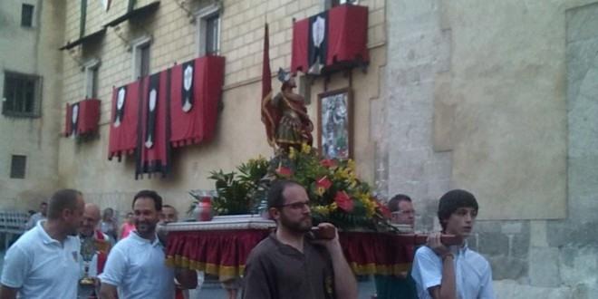 Traslado Sant Hipòlit Xicotet y concierto Unión Musical Contestana