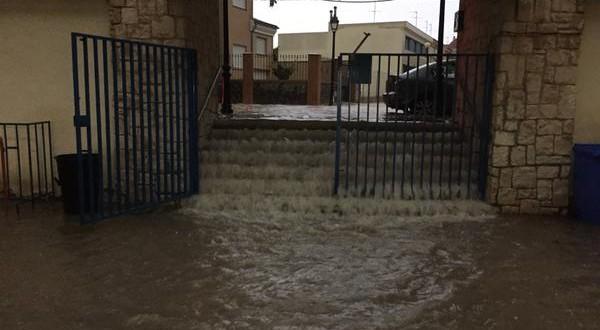 El agua obligó a suspender el Almansa – Alcoyano