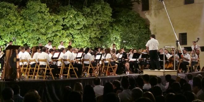 La Unión Musical Contestana cierra la Semana Festera