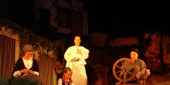 Agres rememora la aparición de la Virgen