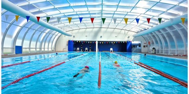 L alquer a proyecta un gimnasio en la piscina cubierta for Gimnasios madrid con piscina