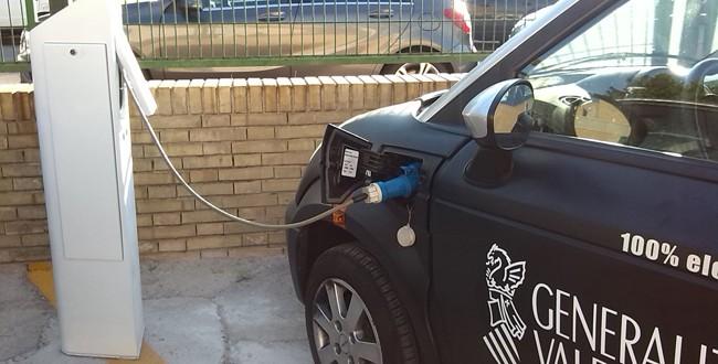 El PP pide al Gobierno que apueste por la recarga de coches eléctricos