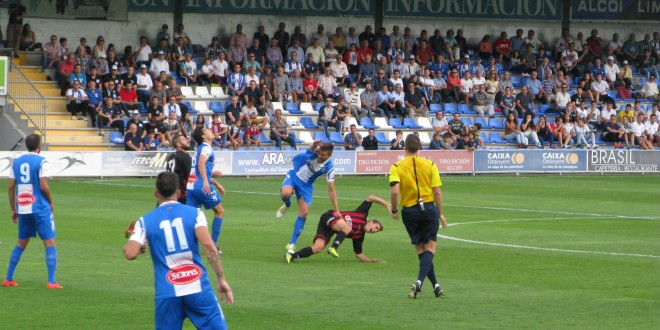 Victoria contundente ante el Reus por 3-0