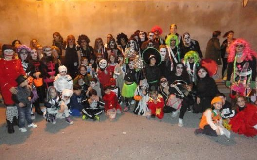 Batoy celebró de nuevo la fiesta de Halloween