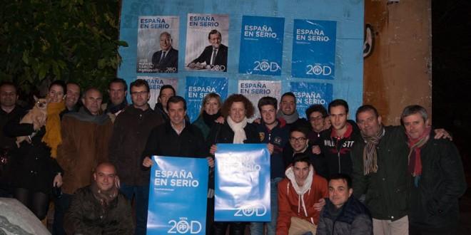 La pegada de carteles marca el inicio de la Campaña Electoral