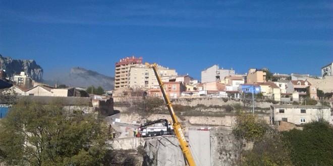 La calle Calderón estará acabada antes de Navidad