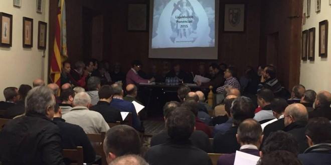El Casal aplaza hasta mayo el debate sobre la presencia de la mujer en La Gloria