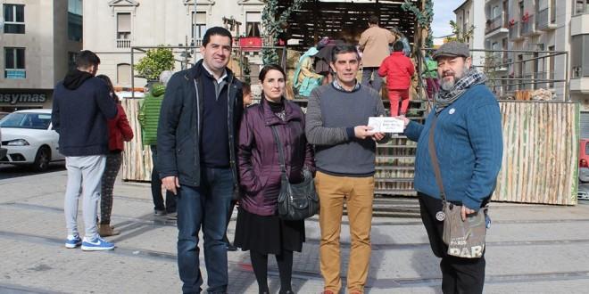 El Carrascal entrega los donativos del Bando