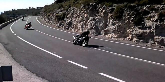 Compromís pide el cese de las carreras ilegales de motos en la Carrasqueta
