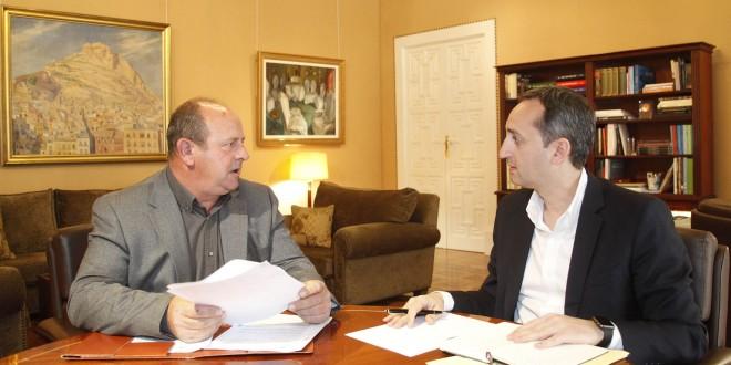 El Presidente de la Diputación recibe al alcalde de Millena