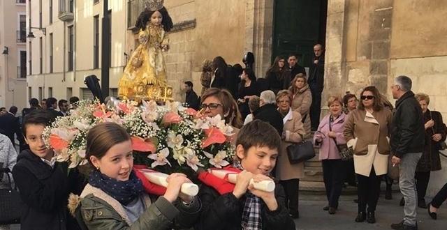 Alcoy venera al Jesuset del Miracle