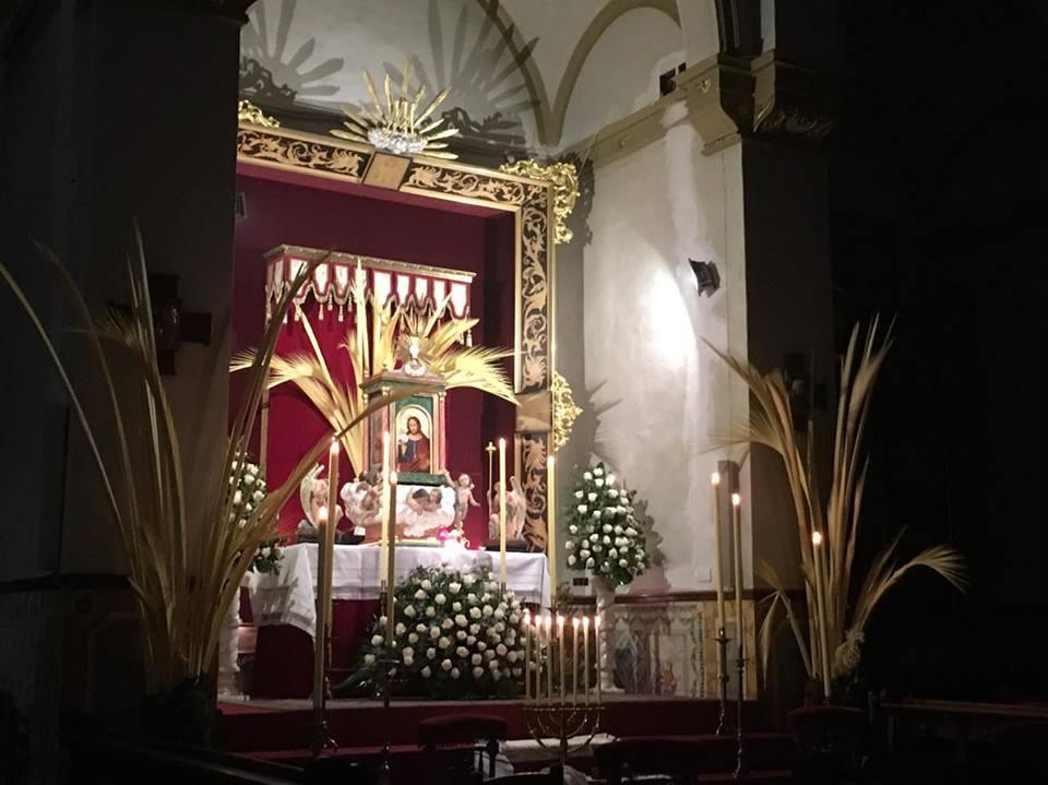 Monumento en la parroquia de El salvador