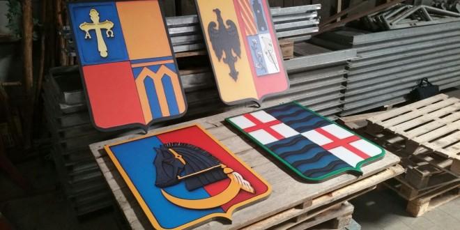 Nuevos escudos para la Enramada Festera