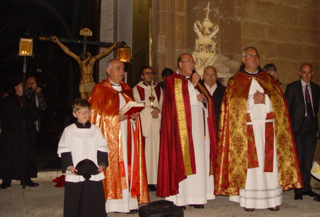 Oración Final en Cocentaina a las puertas de la iglesia de Santa María
