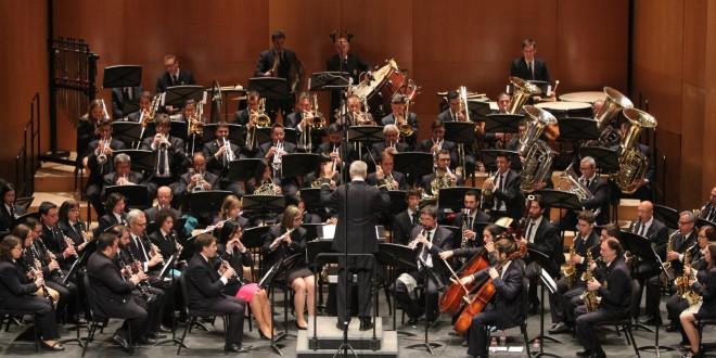 La Nova ofrece su concierto de exaltación a la música festera
