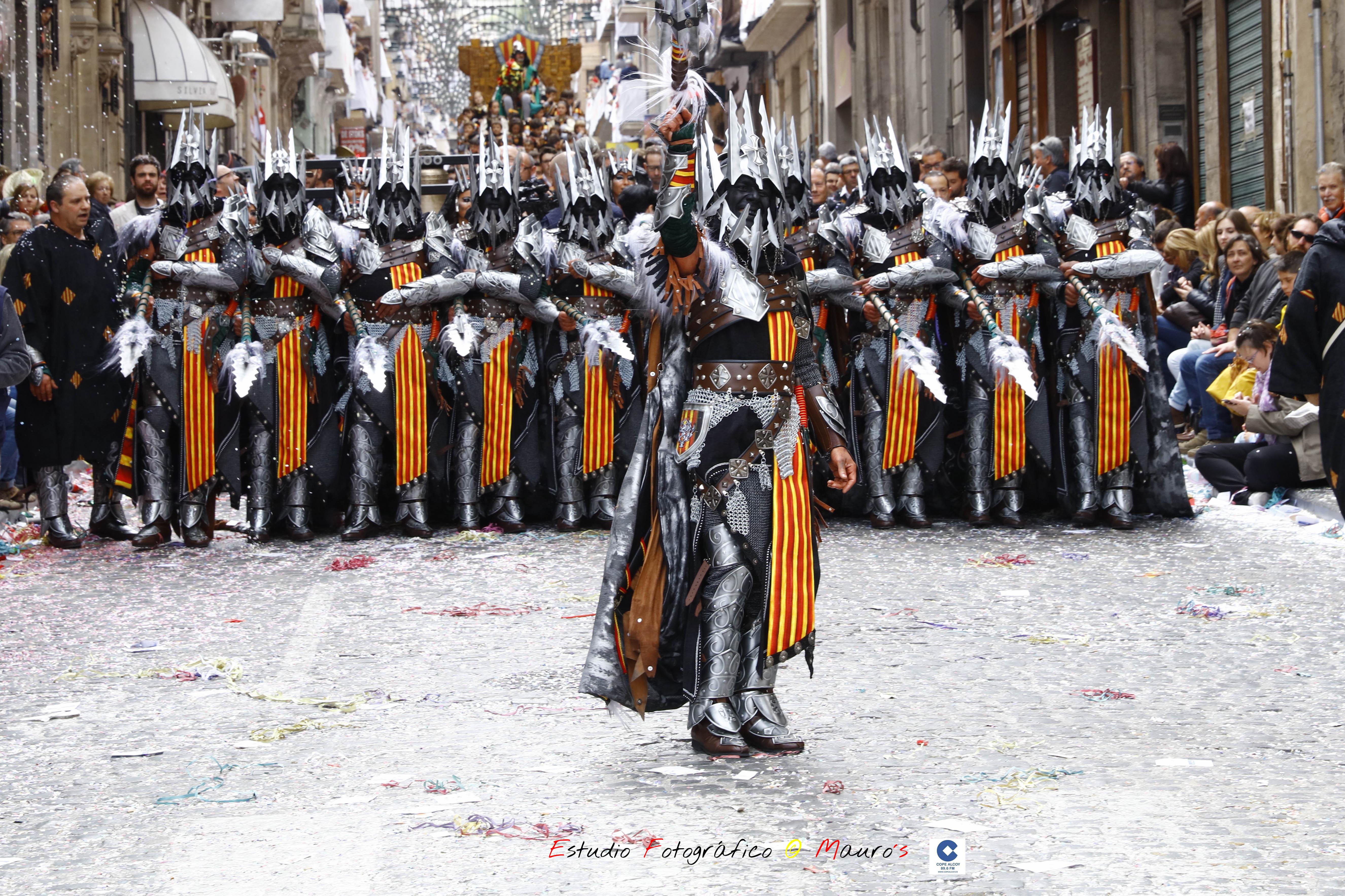 Los Aragonenes han ofrecido una llamativa Escuadra del Mig / Foto: Estudio Fotográfico Mauro´s