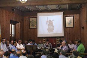 La Asamblea del Casal rechaza las escuadras mixtas en La Gloria