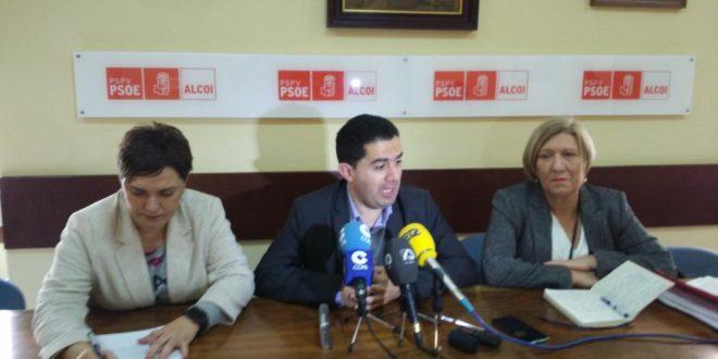El PSOE valora la legislatura más corta de la Democracia