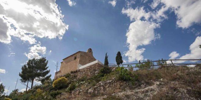 Ibi interviene en la mejora de la ermita de San Miguel