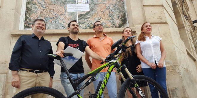 Alcoy estudiará incorporar al PGOU carriles bici en varios puntos