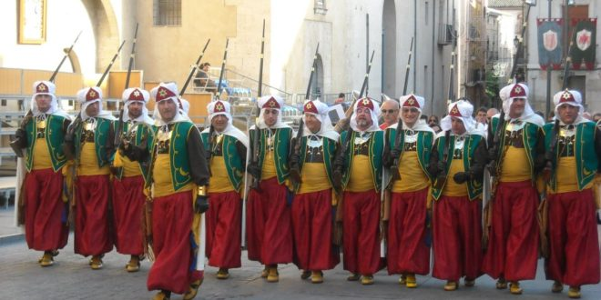 La Filà Sahorins de Cocentaina celebra su 75 aniversario