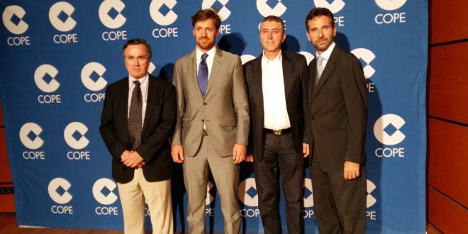 El Conseller Climent asiste a la entrega de los Premios Cope Valencia