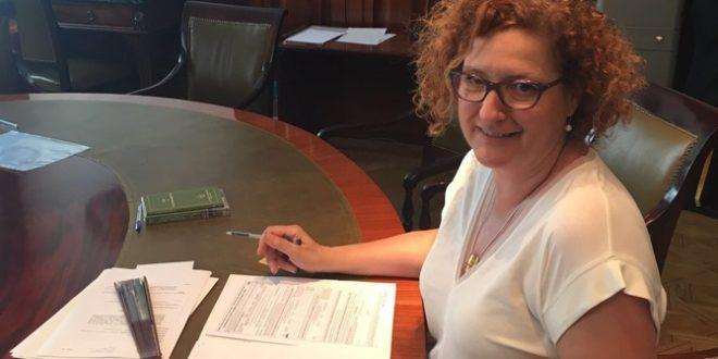 Las Diputadas y la Senadora de la comarca recogen sus actas