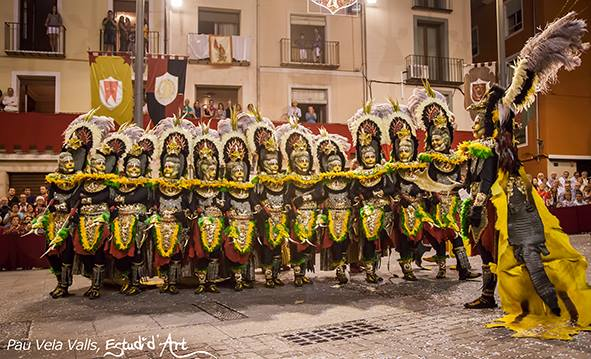 Los Mudéjares en su capitanía presentaron una colorida escuadra / Foto: Pau Vela