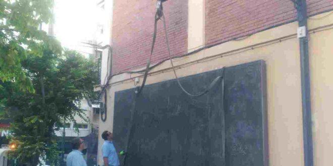 Retiran el mural de Cardells del Jardín de los sindicatos