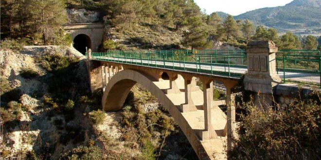 Compromís pedirá mejoras en la señalización de la Vía Verde