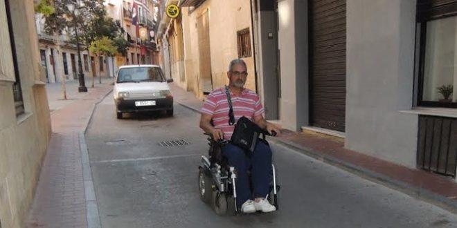 Col·lectiu 03820-Compromís insta a mejorar las calles de La Vila