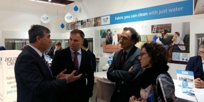 Climent destaca el resurgimiento del textil-hogar valenciano