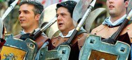 PSOE y Guanyar piden la retirada a Trillo del título de Hijo Adoptivo de Alcoy