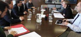 Alcoy, Ontinyent y Xàtiva, junto al Consell, exigen la mejora del tren