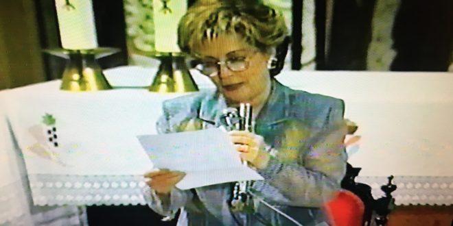 Paloma Gómez Borrero, la voz que pregonó las fiestas de la Mareta en 1995