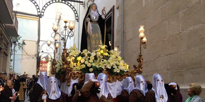 Viernes Santo de devoción y recogimiento en Alcoy